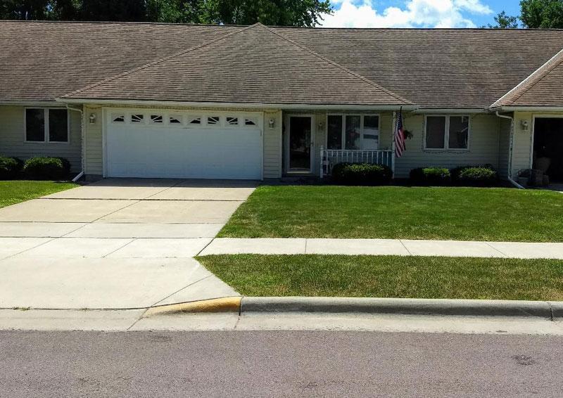 103 E 1st Street S Property Photo - Truman, MN real estate listing