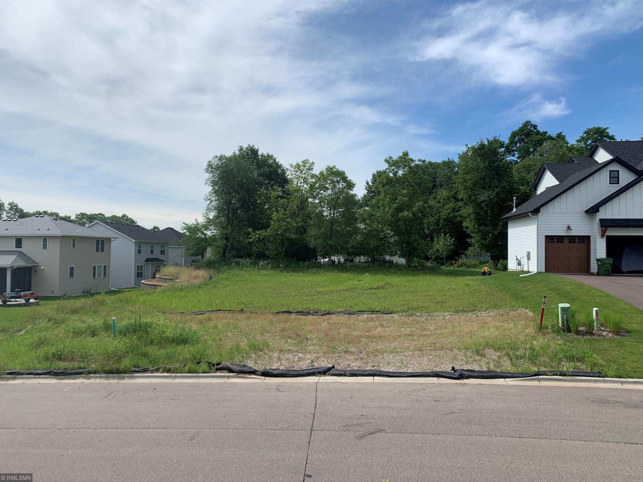 638 Wheaton Avenue Property Photo - Roseville, MN real estate listing