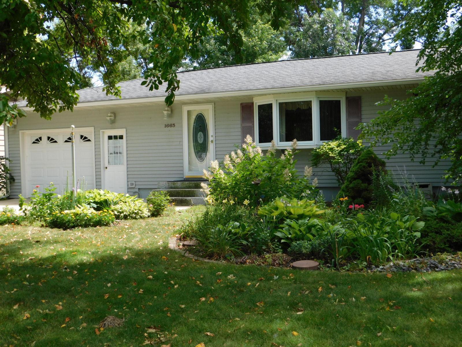 1665 9th Avenue Property Photo - Granite Falls, MN real estate listing