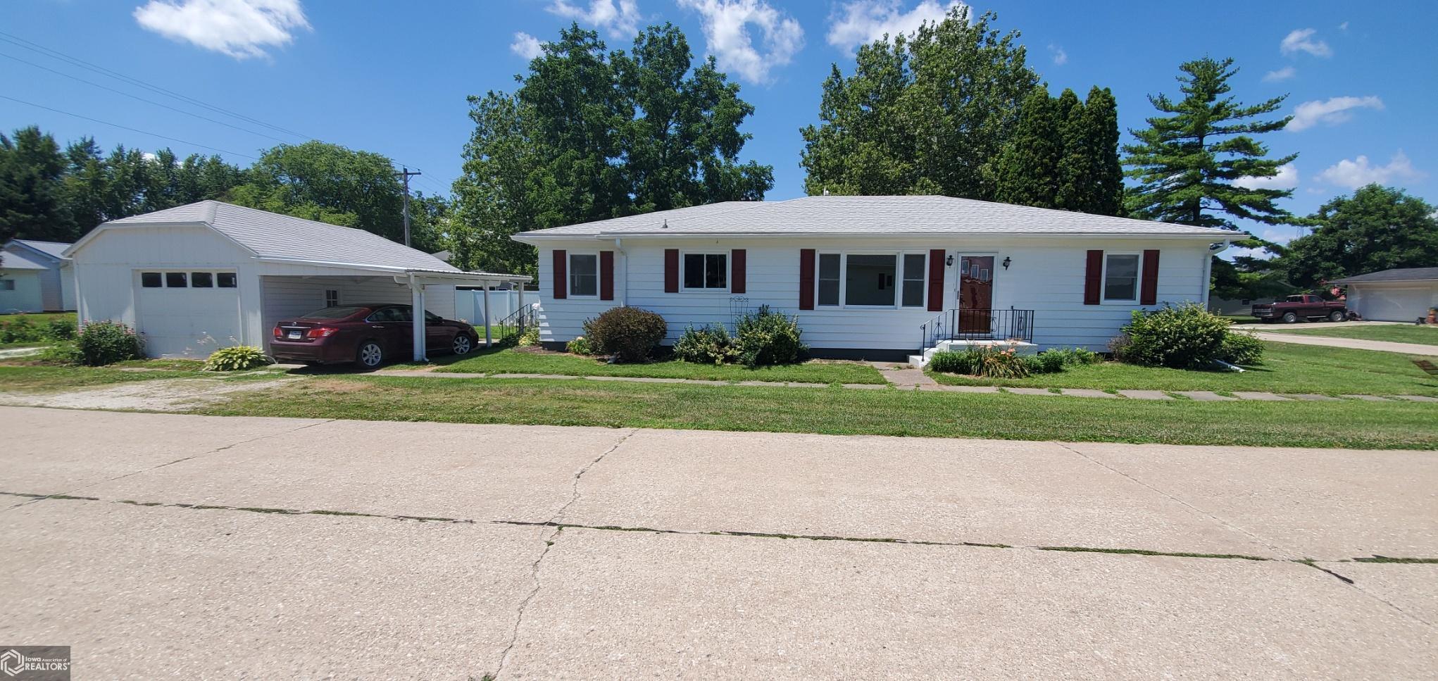 52637 Real Estate Listings Main Image