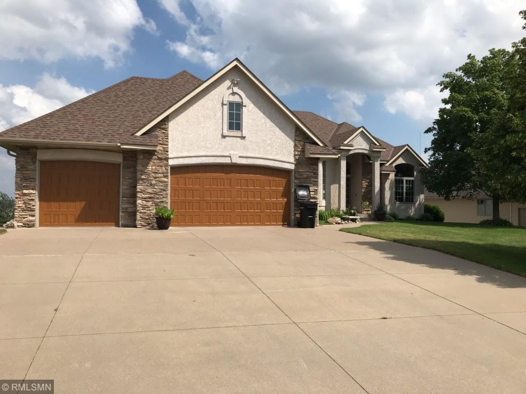 3030 Carey Heights Drive Property Photo - Maplewood, MN real estate listing