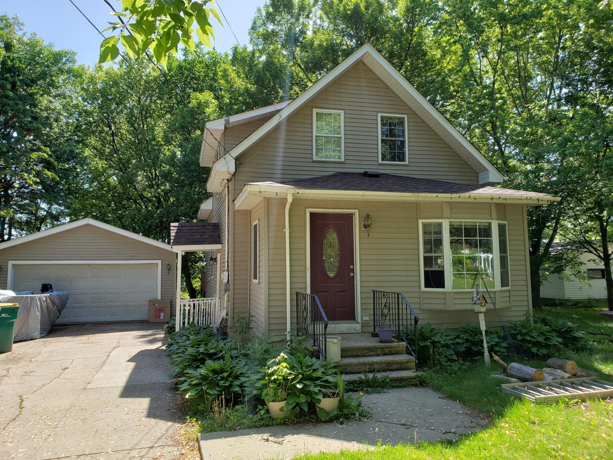 135 Pleasant Avenue NE Property Photo - Cokato, MN real estate listing