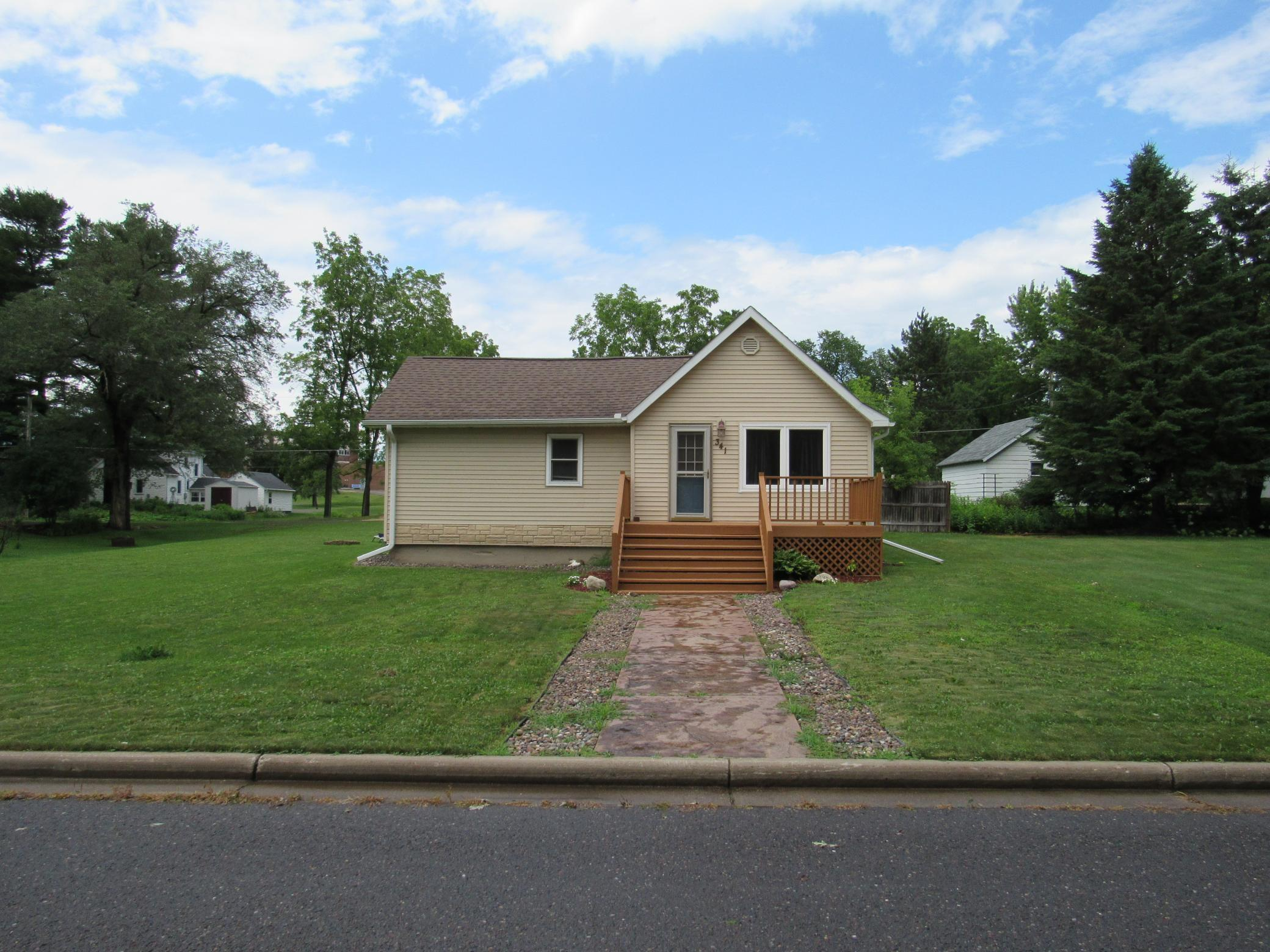 341 7th Property Photo - Clear Lake, WI real estate listing