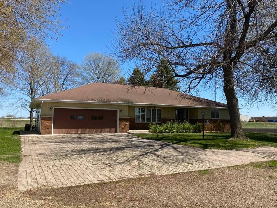 39750 Pleasant View Drive Property Photo - North Mankato, MN real estate listing