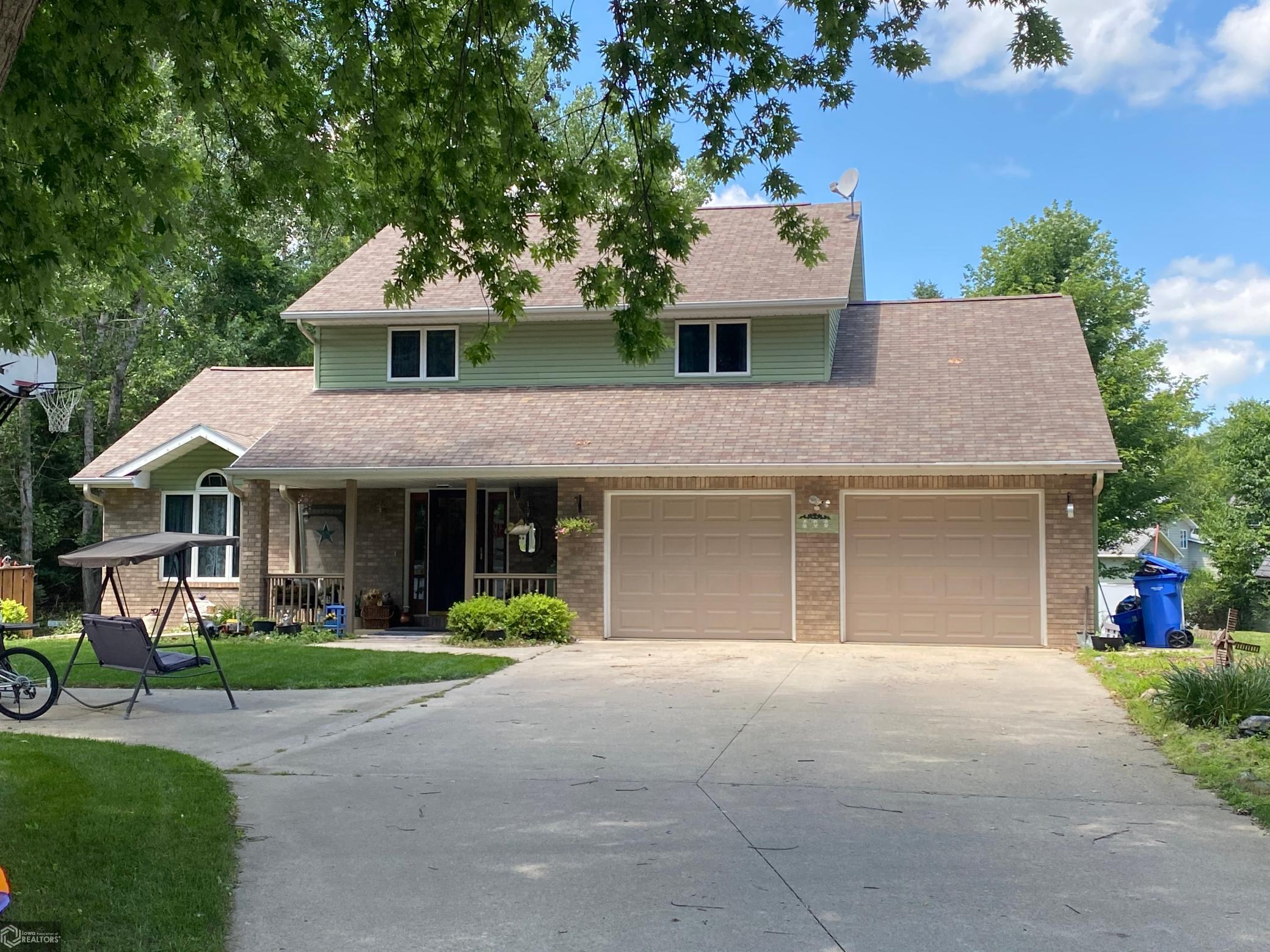 808 Smith Property Photo - Algona, IA real estate listing