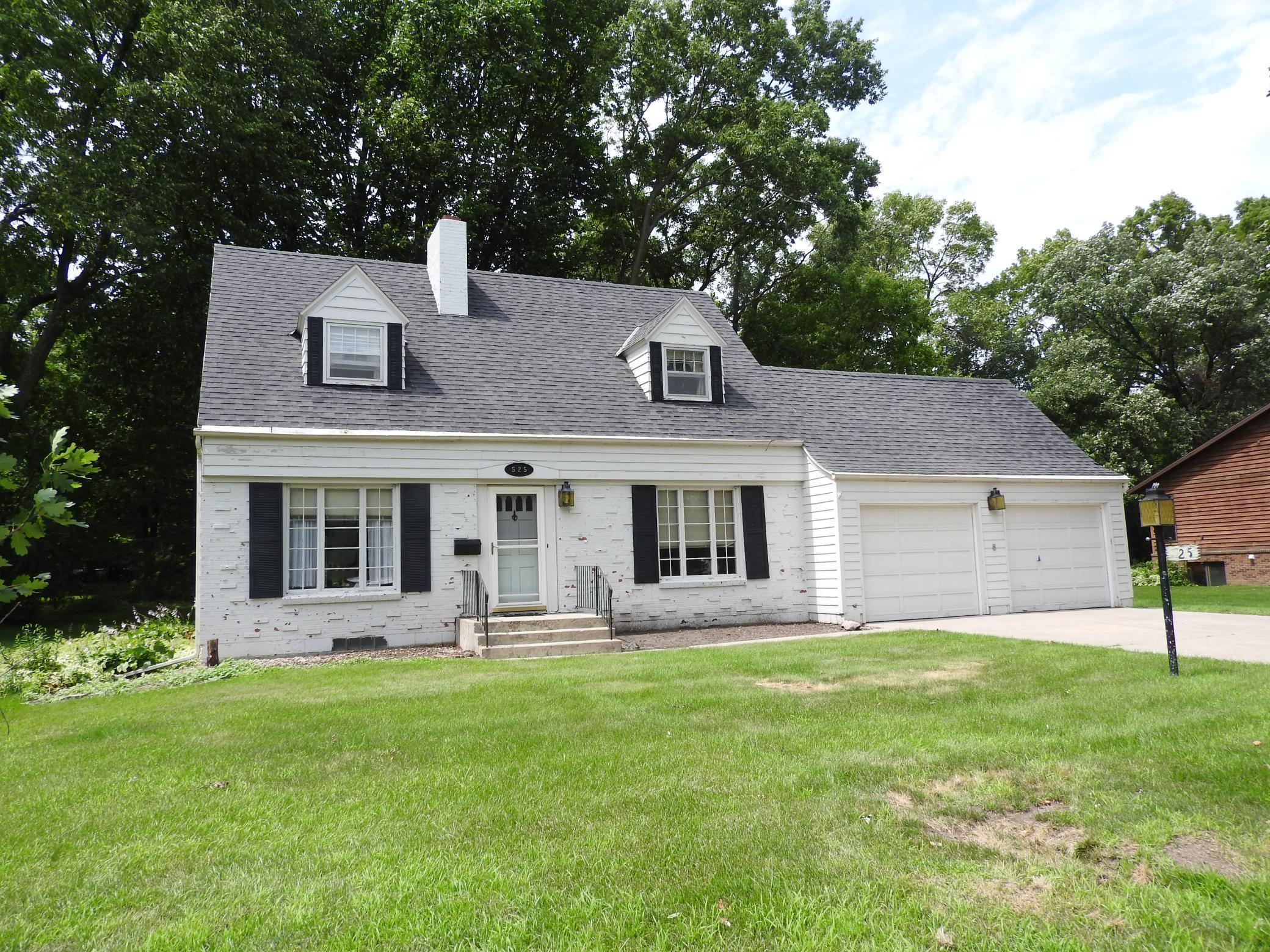 525 Lundys Property Photo - Fergus Falls, MN real estate listing