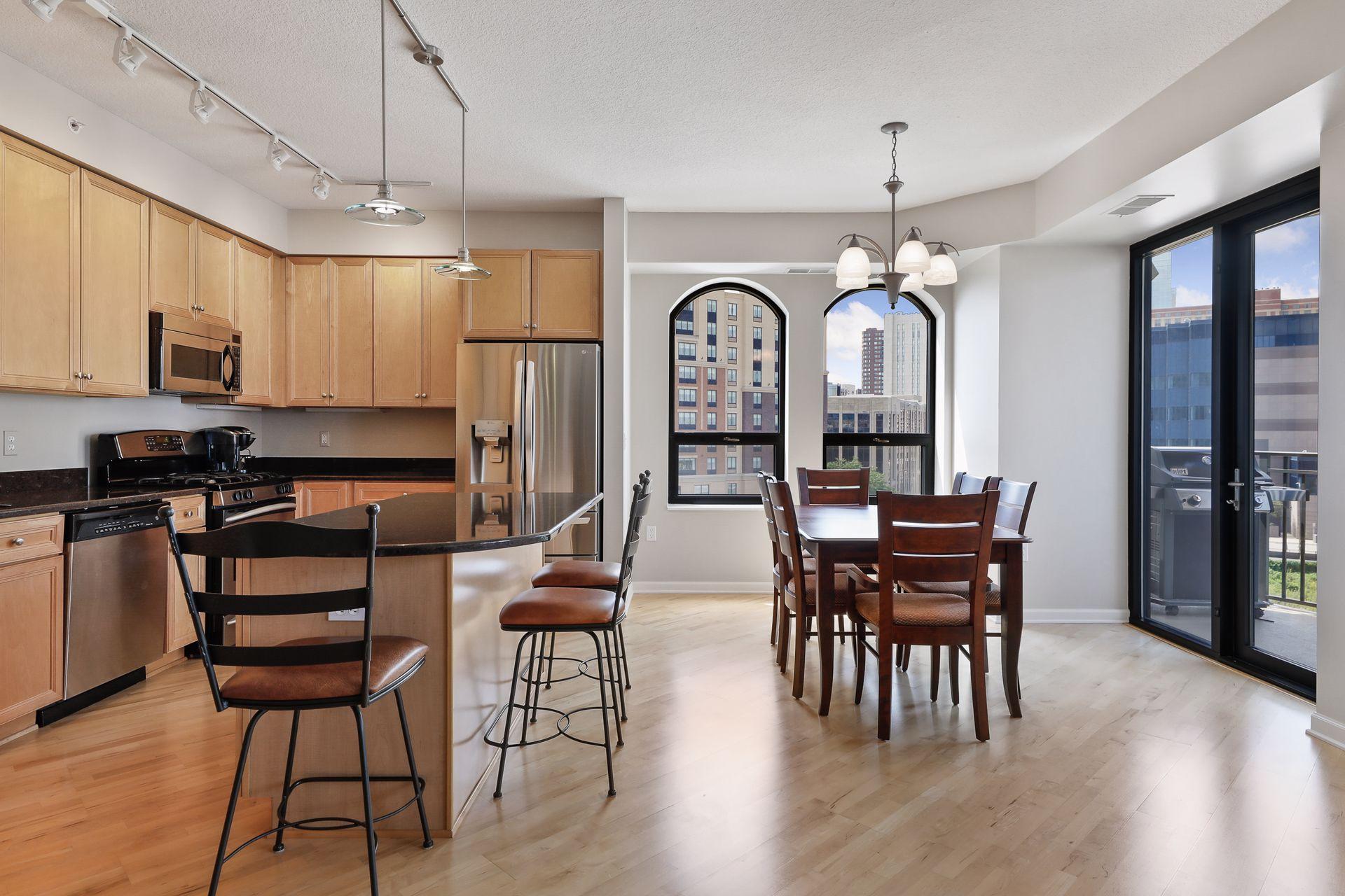 500 E Grant Street #402 Property Photo - Minneapolis, MN real estate listing
