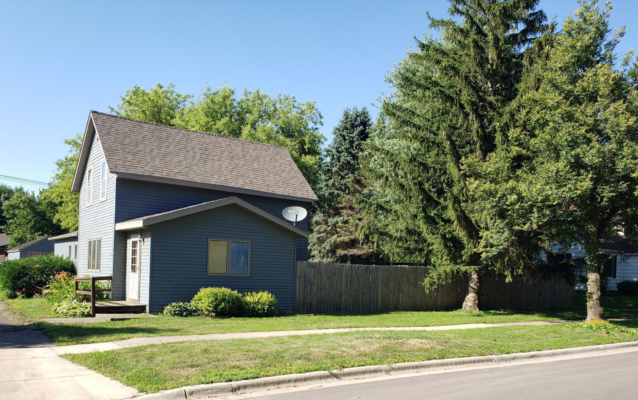 1209 2nd Avenue Property Photo - Mountain Lake, MN real estate listing