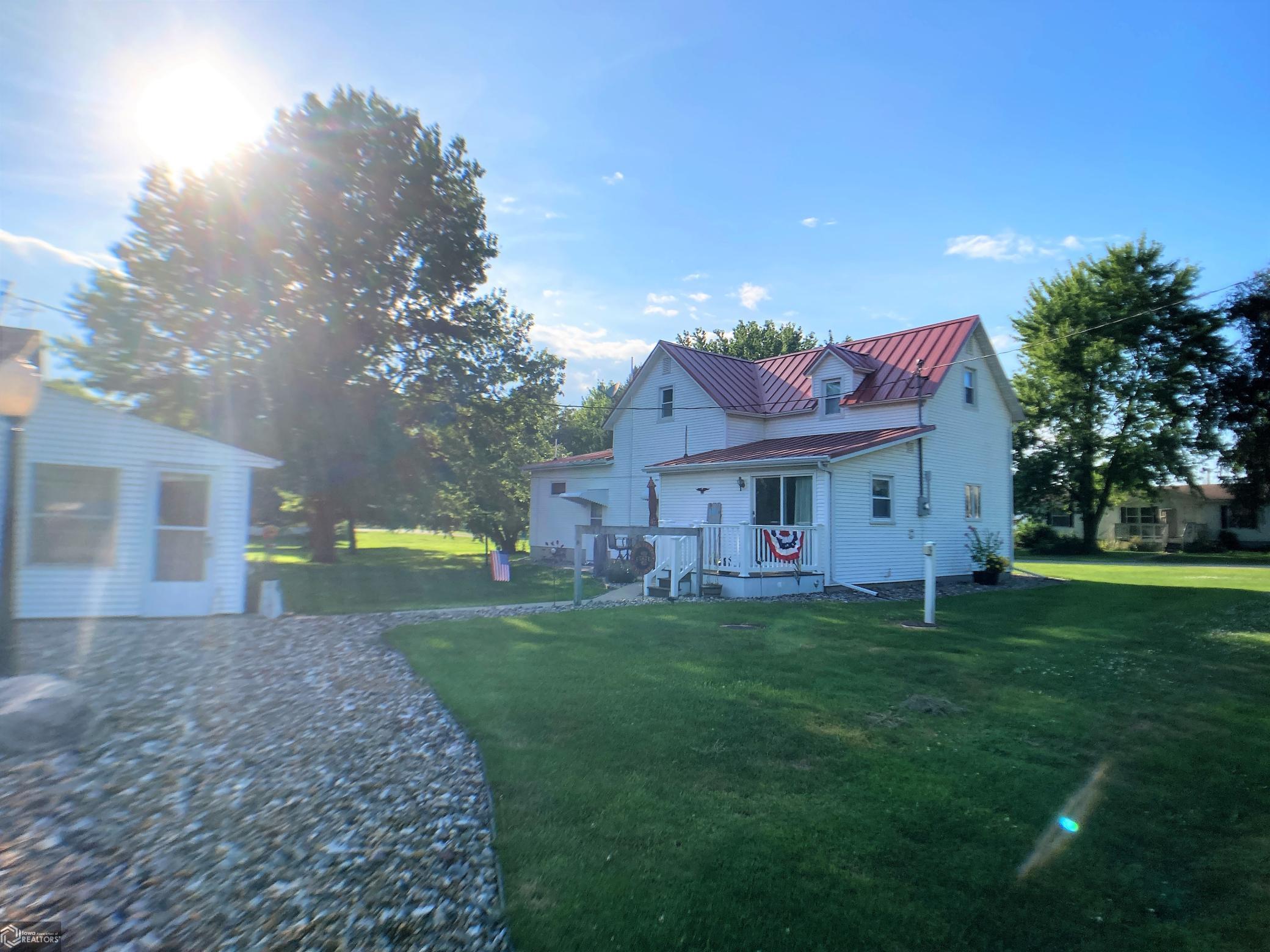 101 Alcorn Property Photo - Ollie, IA real estate listing