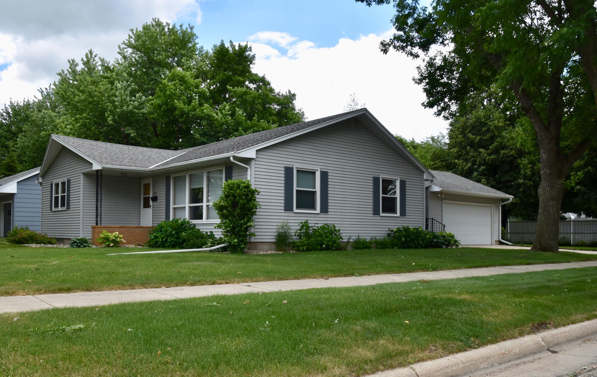 703 Poplar Property Photo - Sibley, IA real estate listing