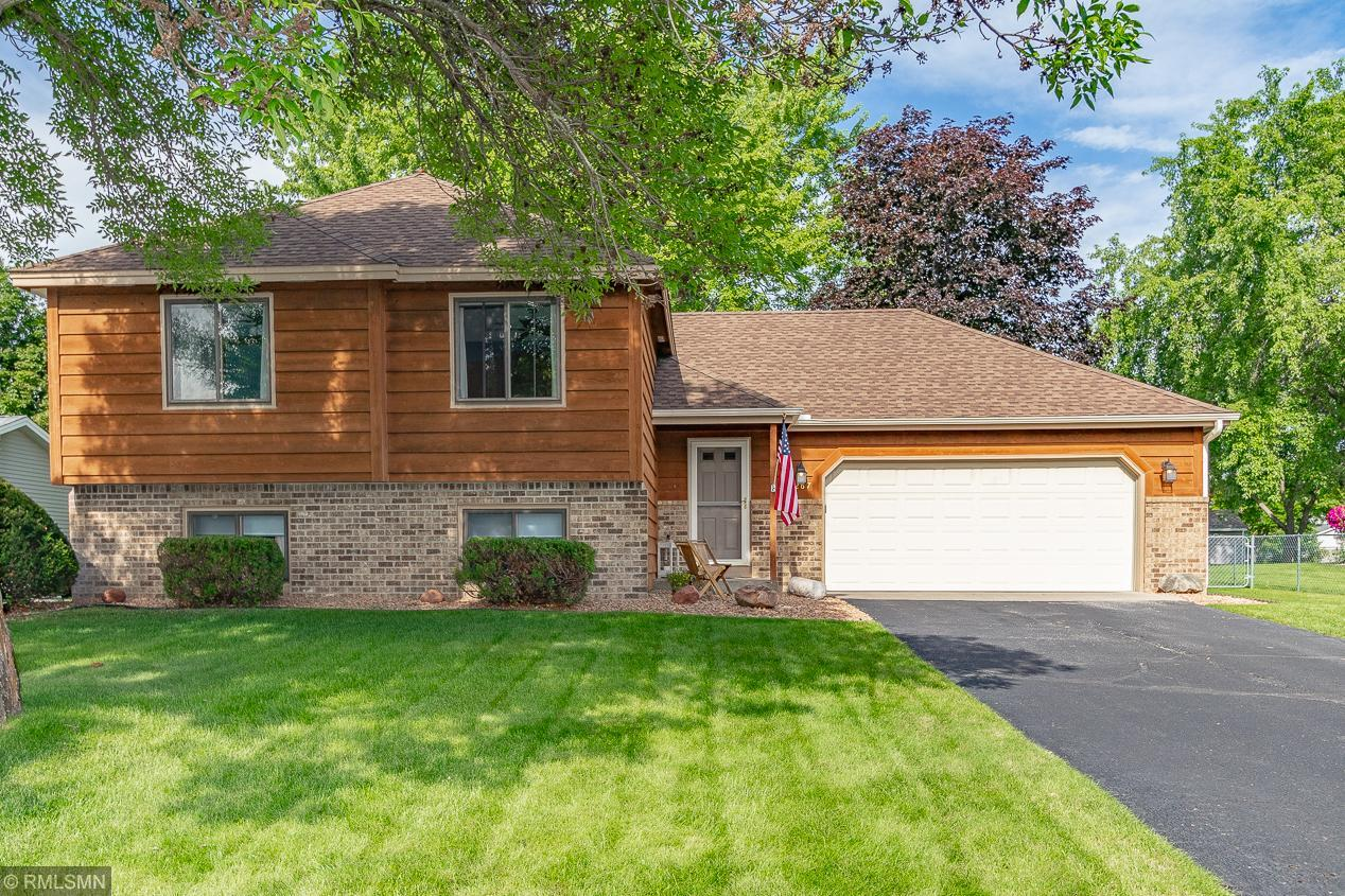 Anoka Meadows 2nd Add Real Estate Listings Main Image