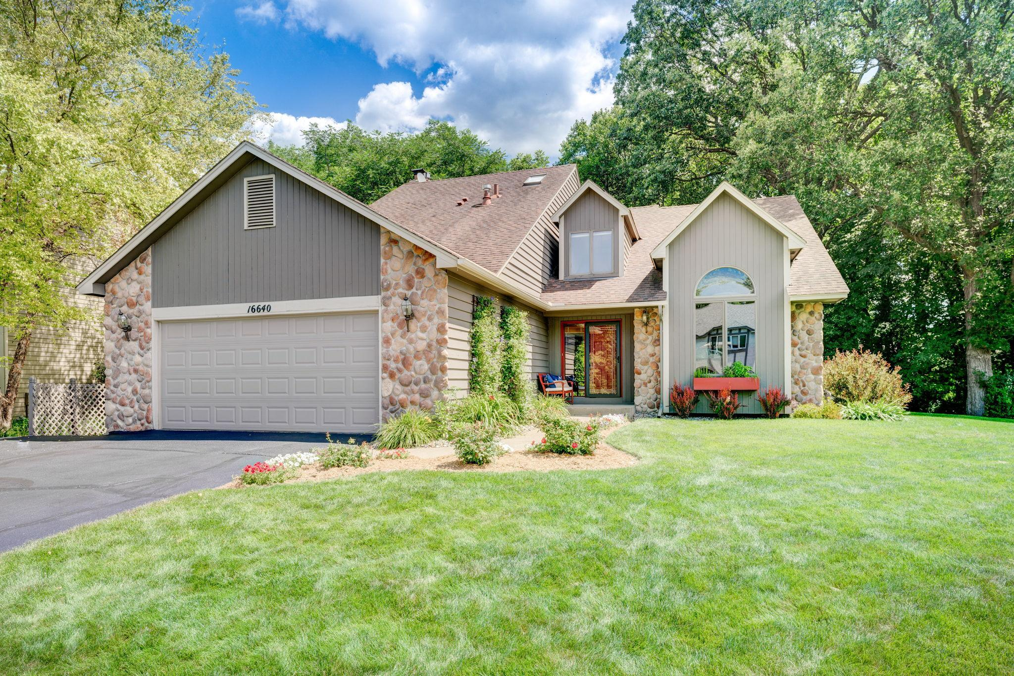 16640 N Manor Road Property Photo - Eden Prairie, MN real estate listing