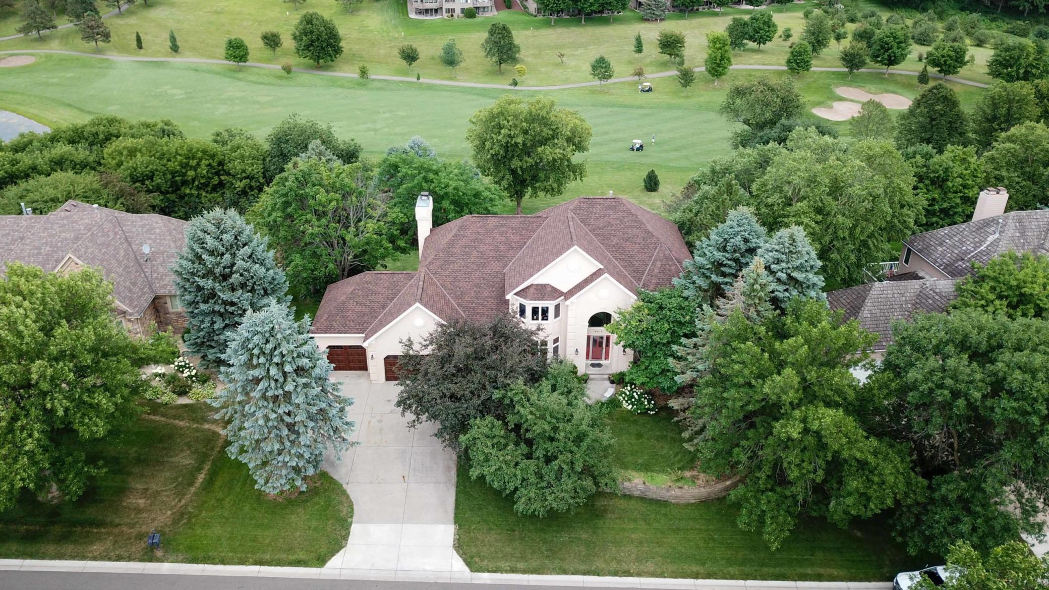 9317 Wedgewood Drive Property Photo - Woodbury, MN real estate listing