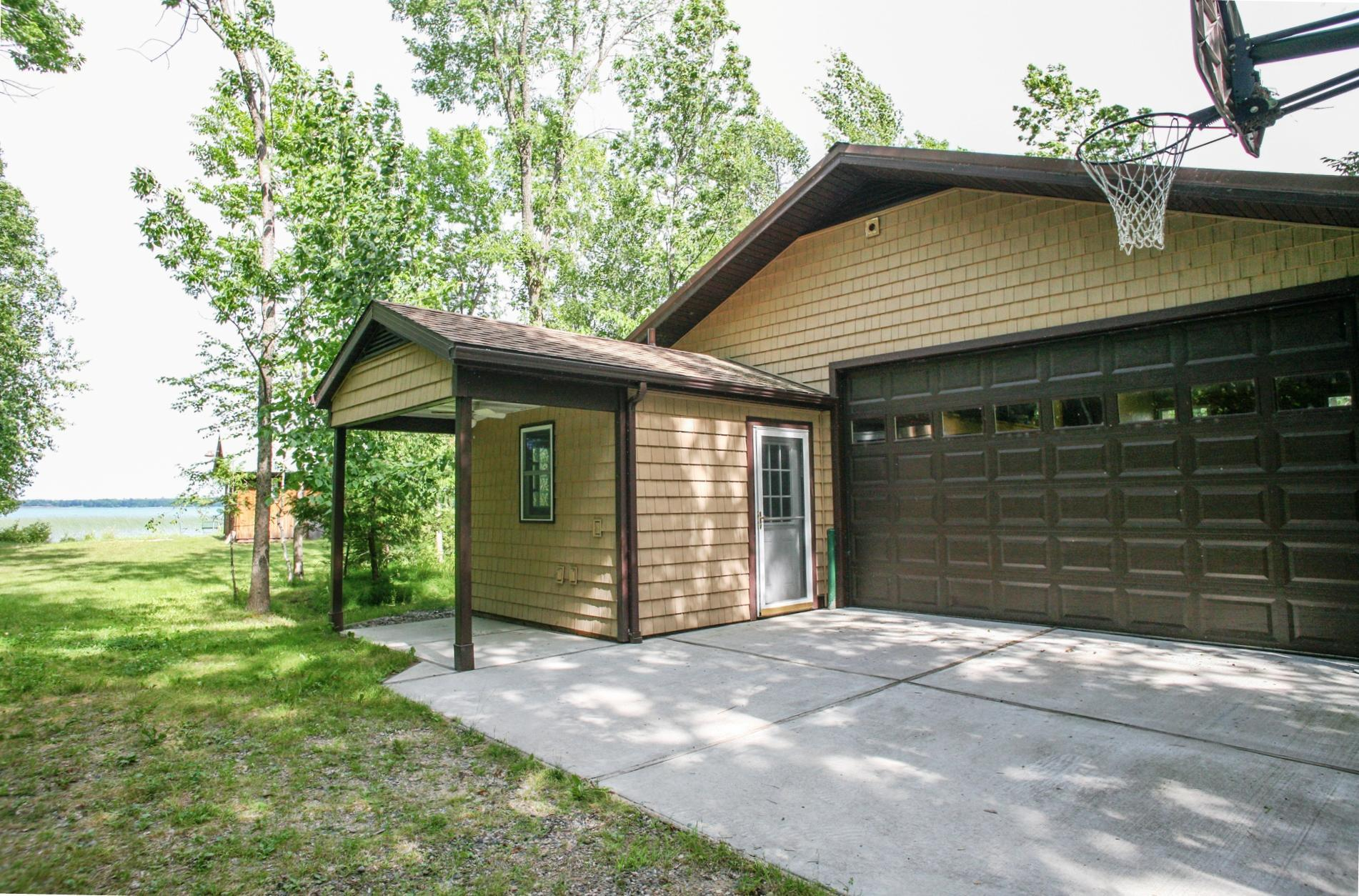 39064 Sissebakwet Shores Road Property Photo - Cohasset, MN real estate listing