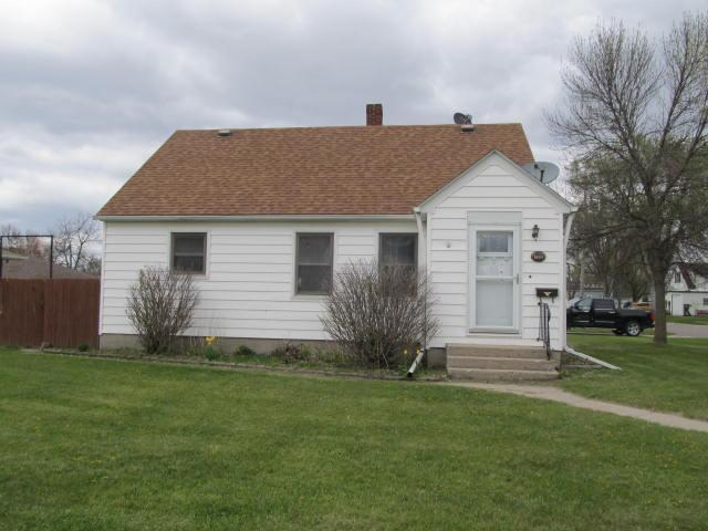 1942 Wisconsin Avenue Property Photo - Benson, MN real estate listing