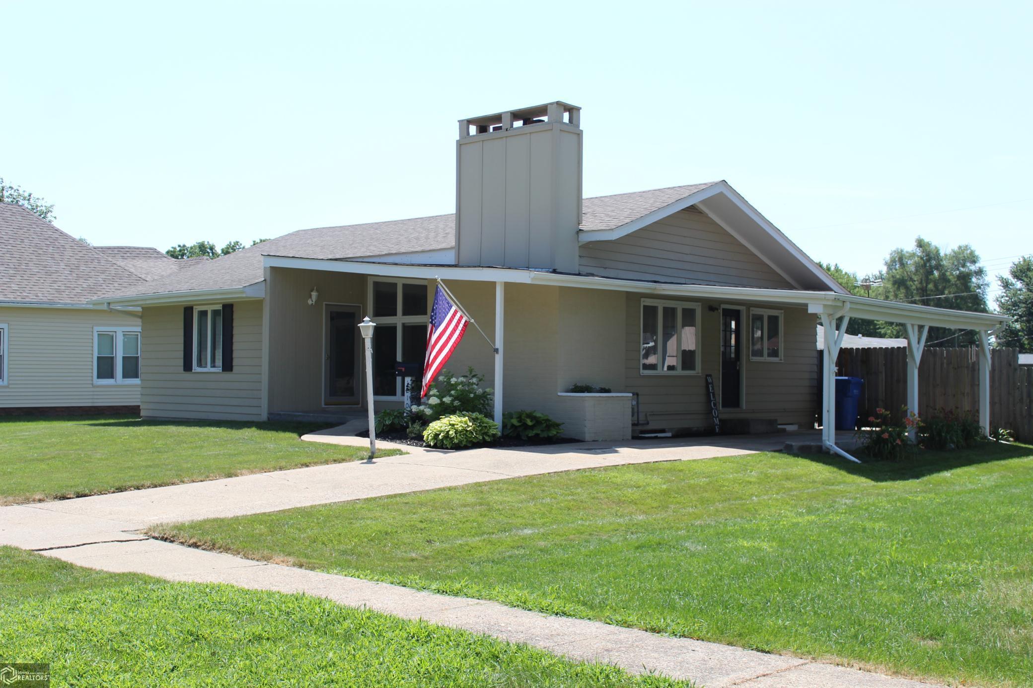 1210 Washington E Property Photo - Albia, IA real estate listing