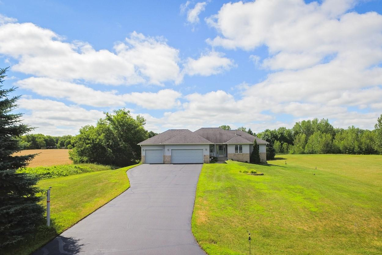 22256 Tippecanoe NE Property Photo - East Bethel, MN real estate listing