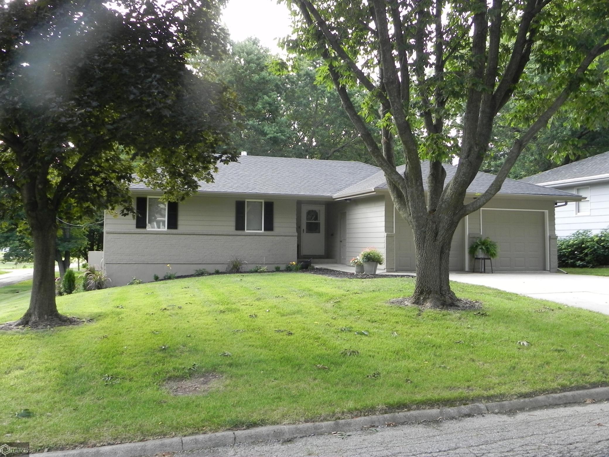 50833 Real Estate Listings Main Image