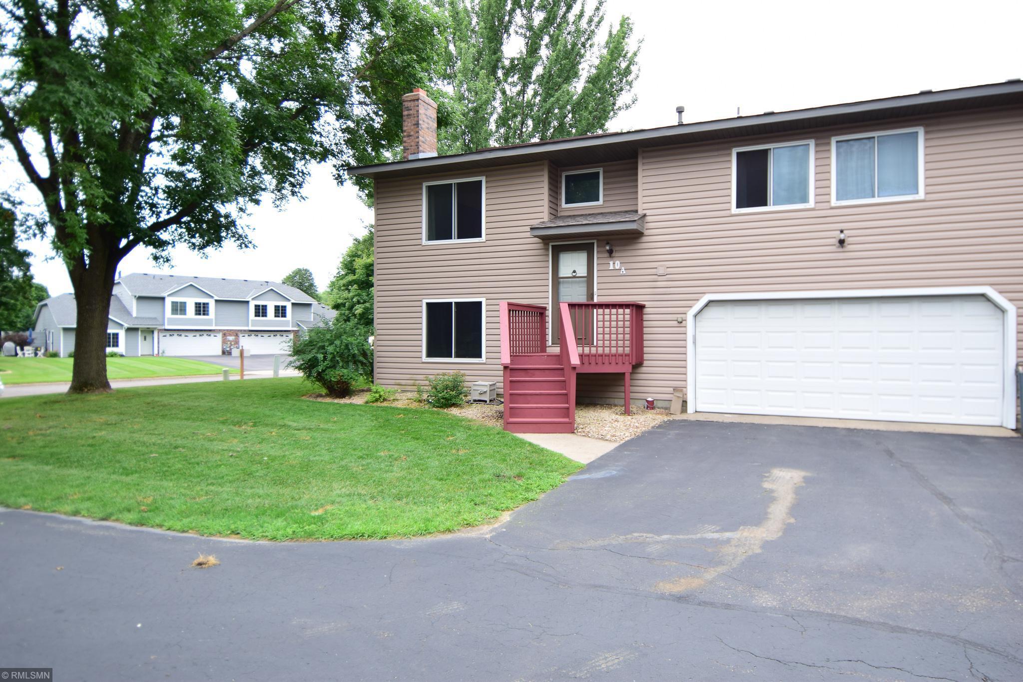 10A Oak Leaf Lane Property Photo - Circle Pines, MN real estate listing