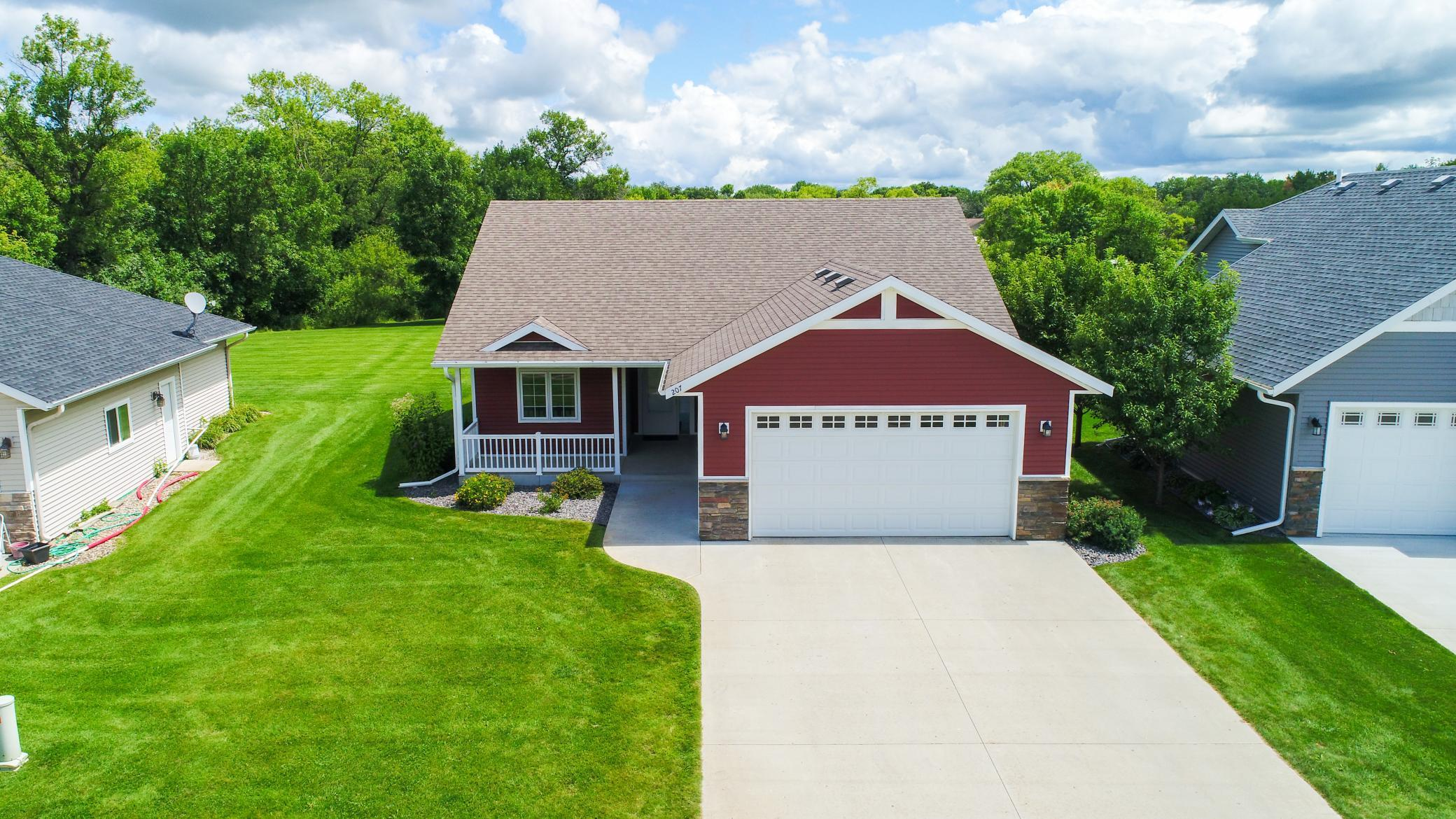 207 Rodeo Property Photo - Alexandria, MN real estate listing