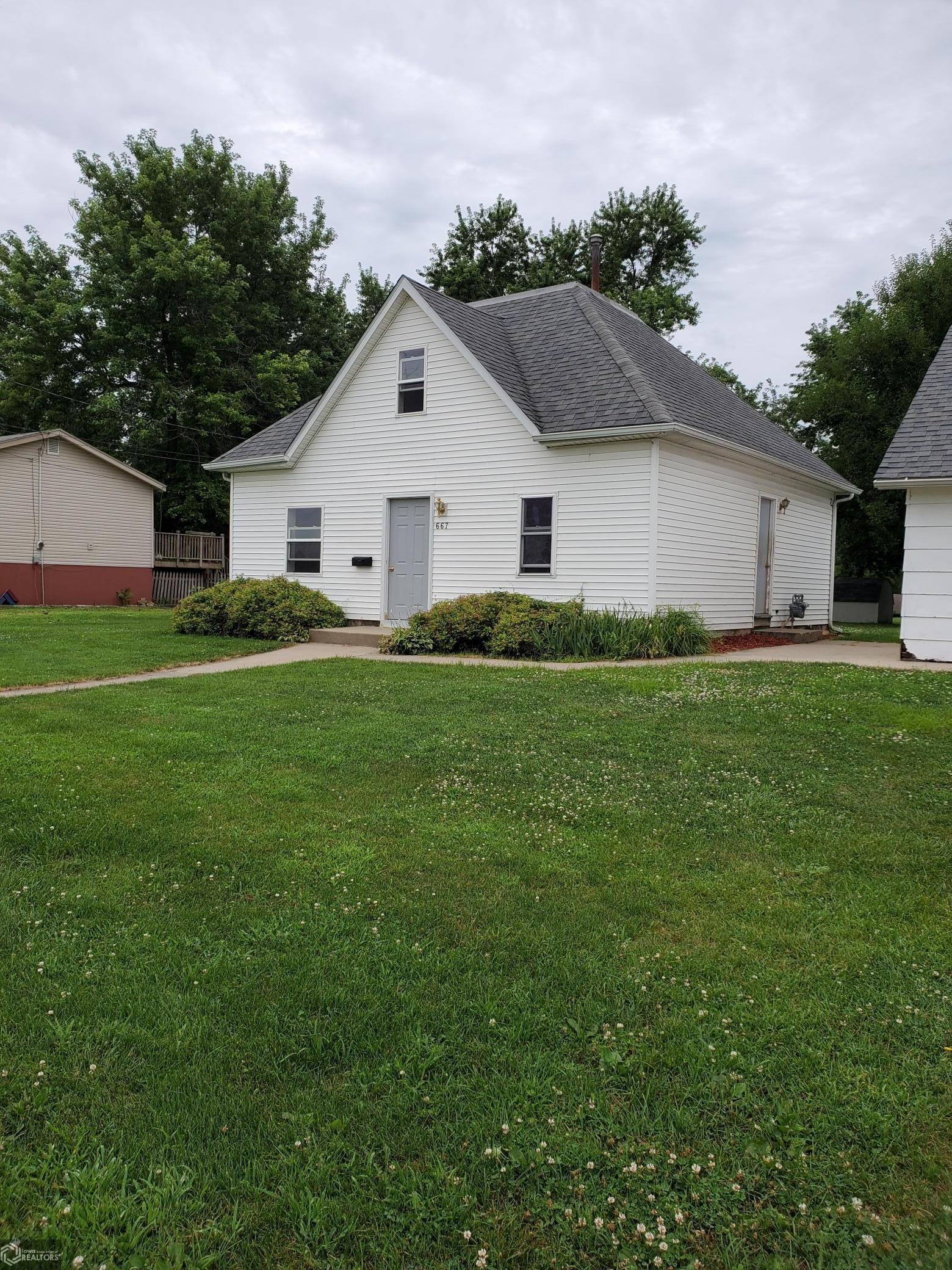 667 A Property Photo - Albia, IA real estate listing