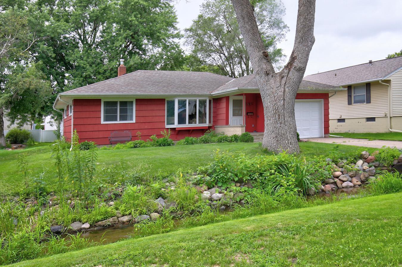 272 2nd Street N Property Photo - Bayport, MN real estate listing