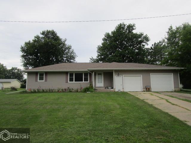 1400 Maple Property Photo - Fairfield, IA real estate listing