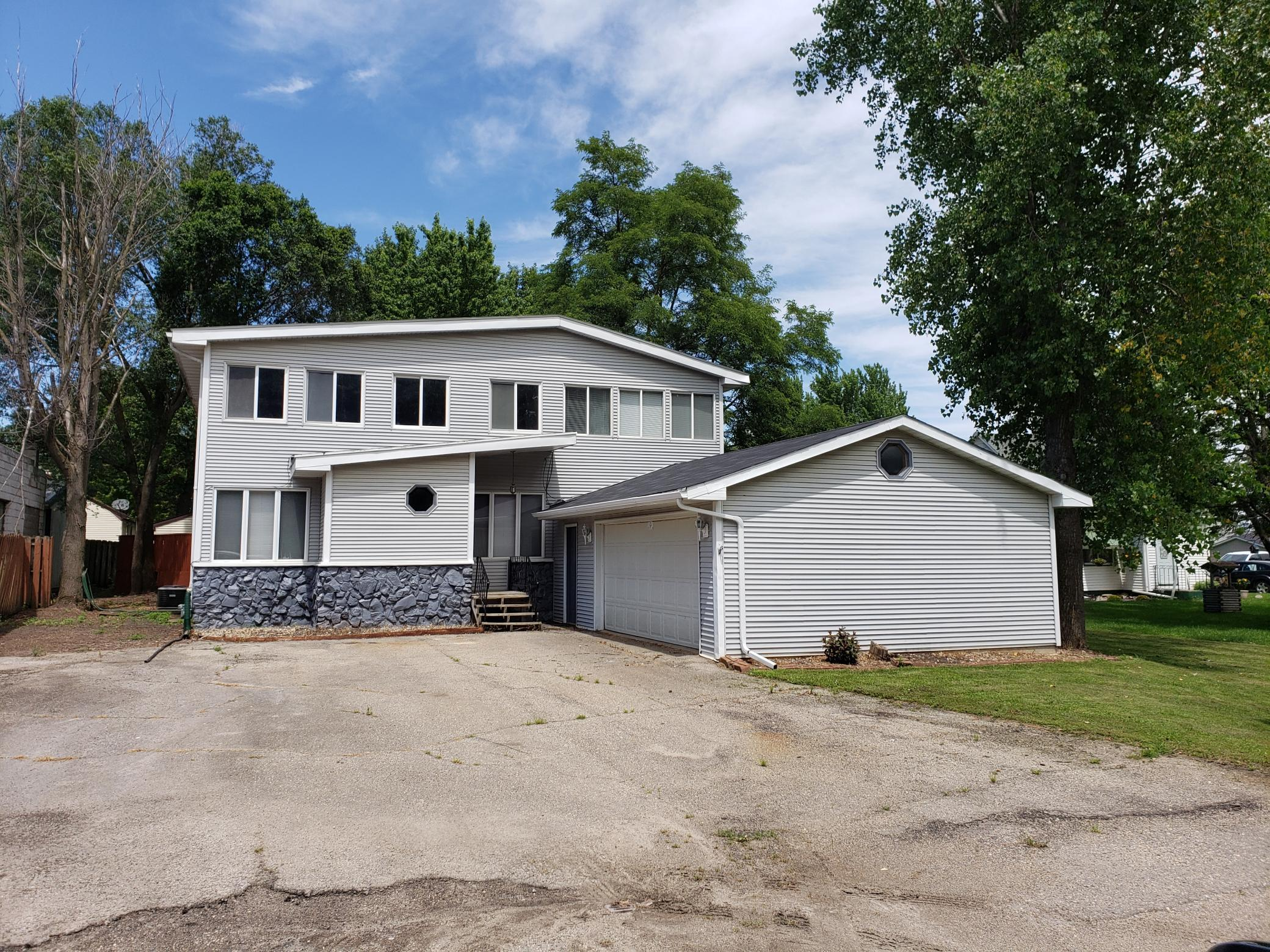 58540 220th Property Photo