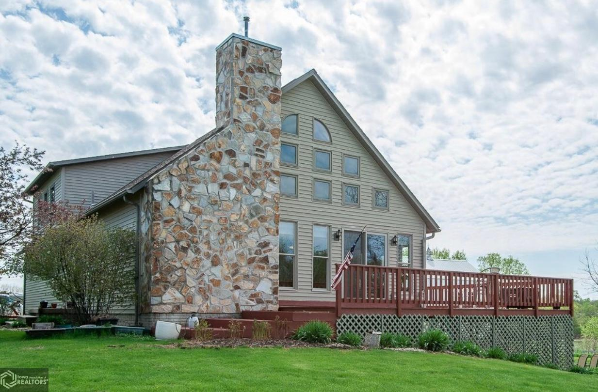 52332 Real Estate Listings Main Image