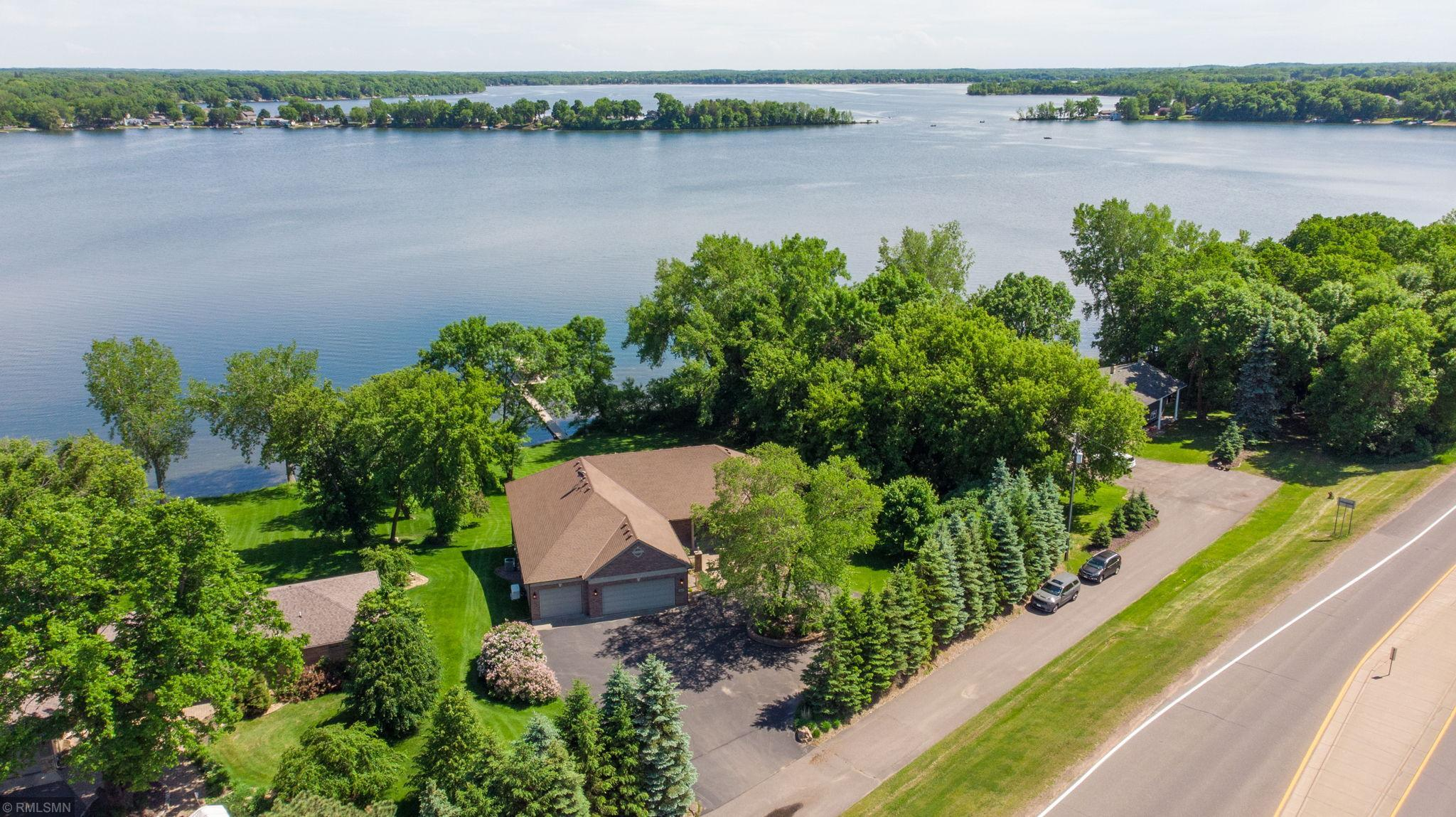 10097 Wyoming Avenue Property Photo - Chisago City, MN real estate listing