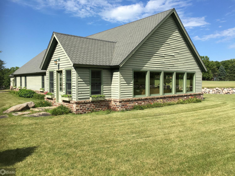 4999 Shore Drive Property Photo - Clear Lake, IA real estate listing