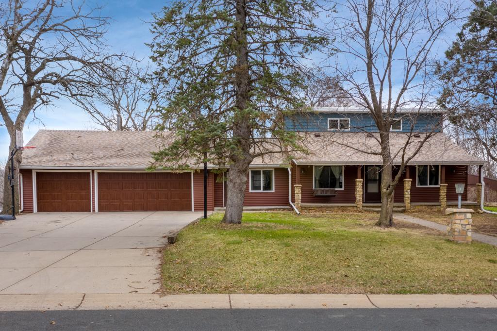 6522 Delaney Avenue Property Photo - Inver Grove Heights, MN real estate listing
