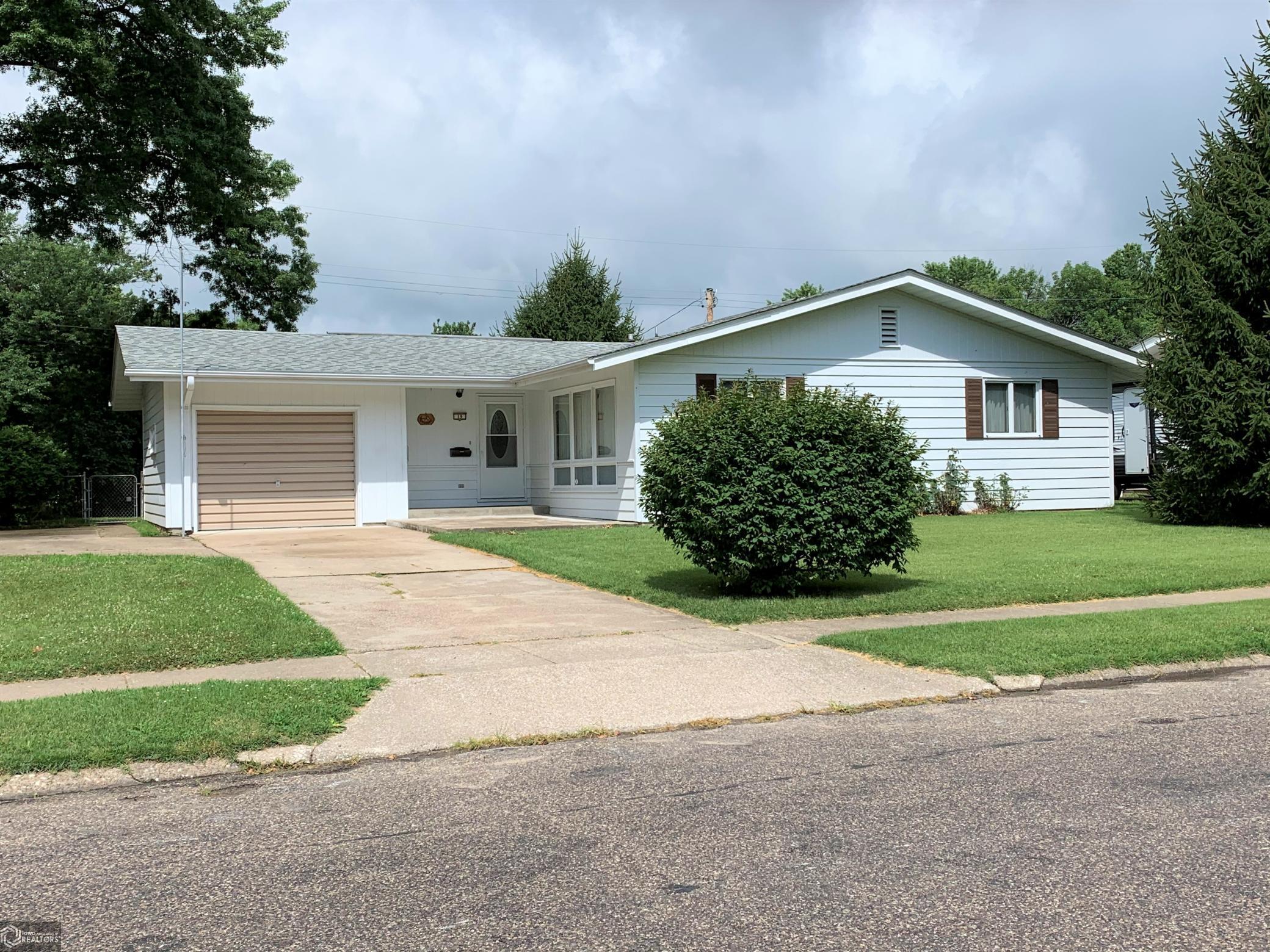 19 Oak Property Photo - Fort Madison, IA real estate listing