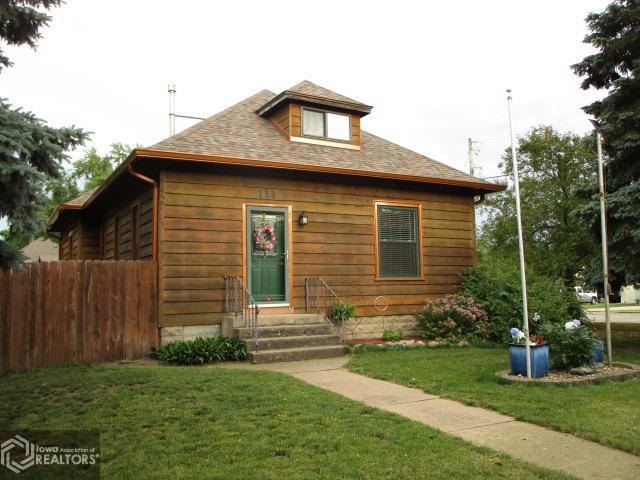 111 3rd St S Property Photo - Humboldt, IA real estate listing