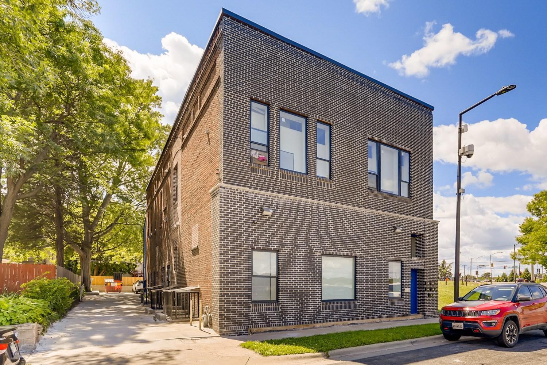 976 Bush Avenue Property Photo - Saint Paul, MN real estate listing