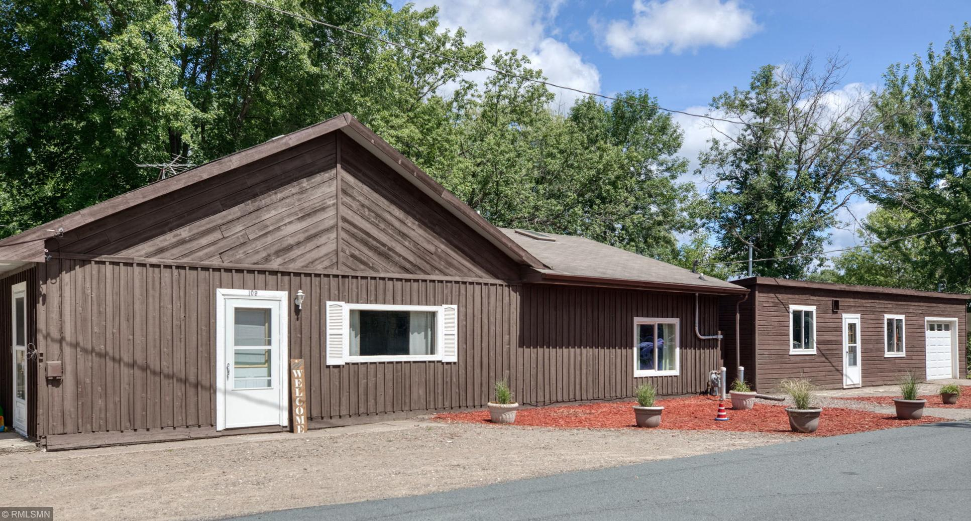 109 Broadway Street NW Property Photo - Bethel, MN real estate listing