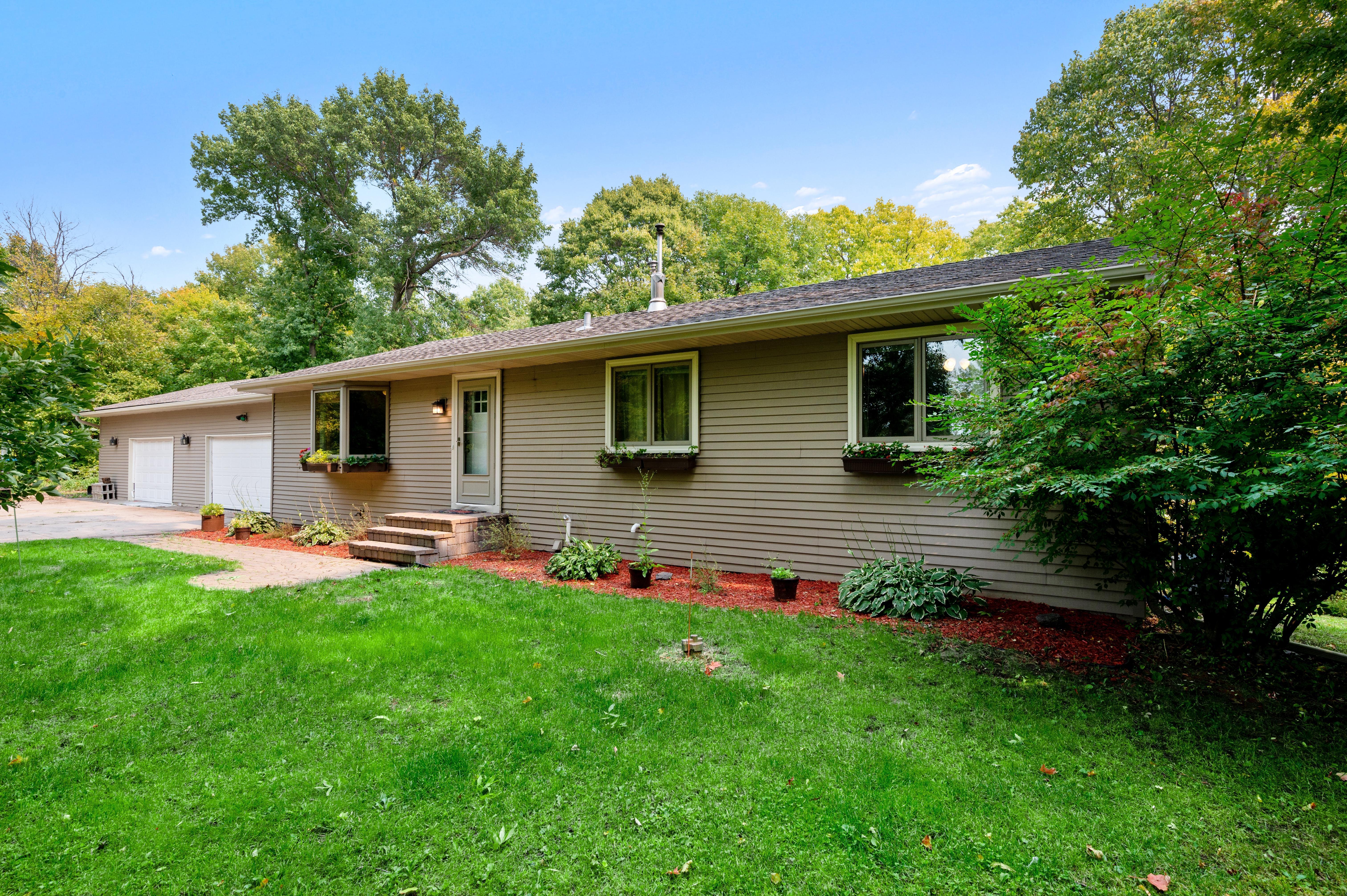 10682 Ginseng Lane Property Photo - Hanover, MN real estate listing