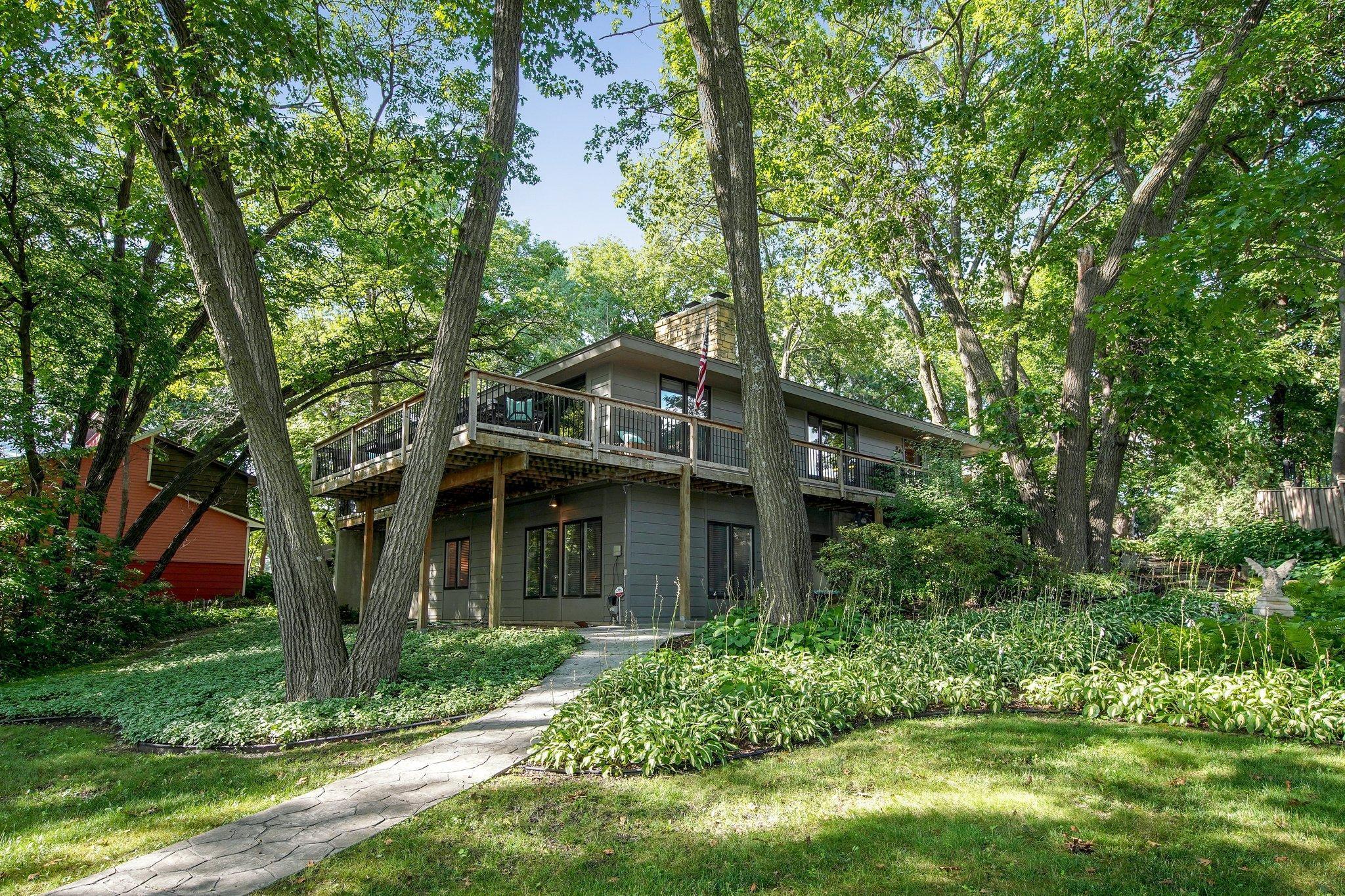 24306 Cedar Lake Property Photo