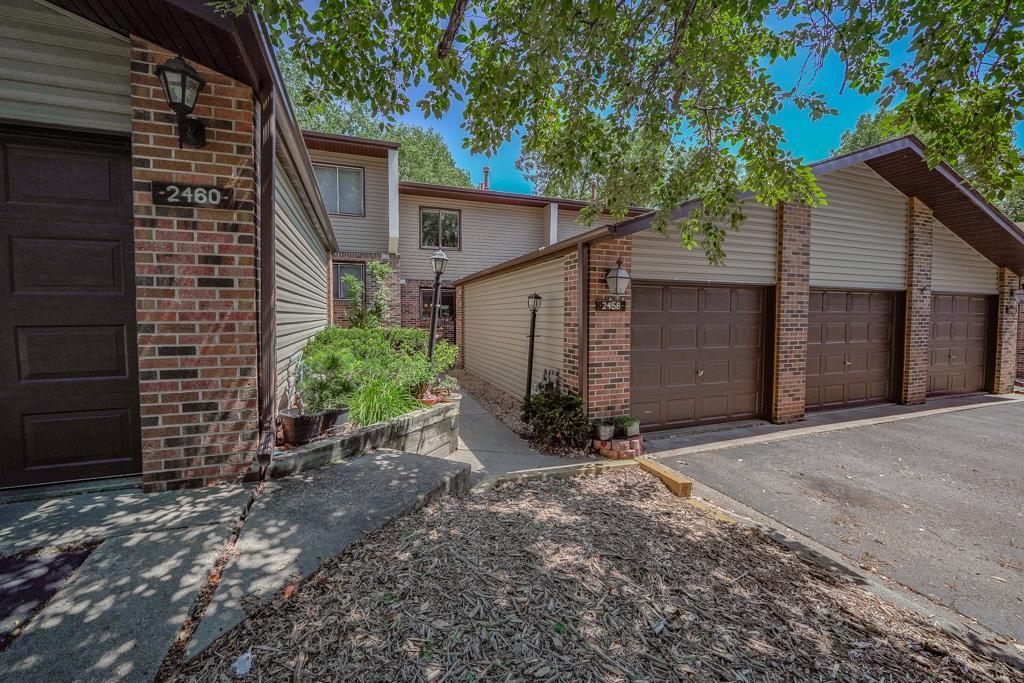 2458 Mendelssohn Lane Property Photo - Golden Valley, MN real estate listing