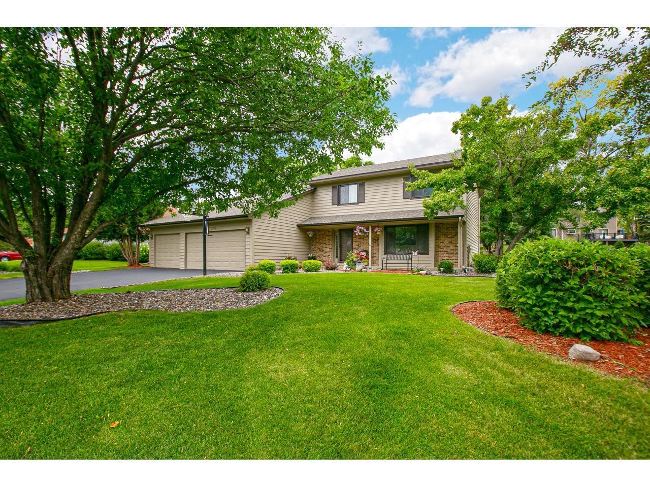 13299 Kerry Lane Property Photo - Eden Prairie, MN real estate listing