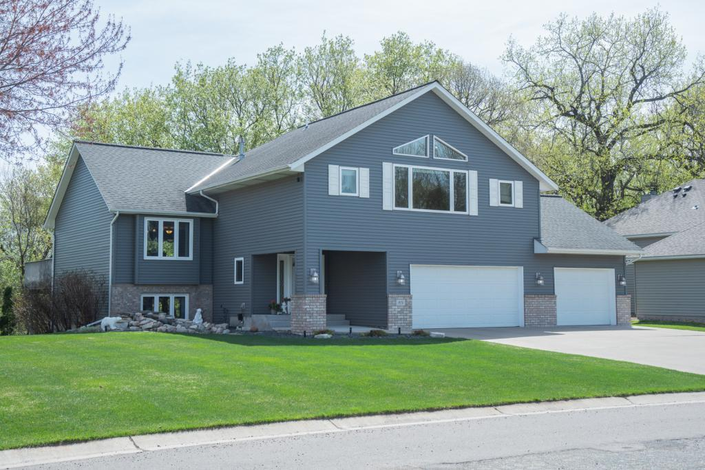 924 Ferndale Street S Property Photo - Maplewood, MN real estate listing