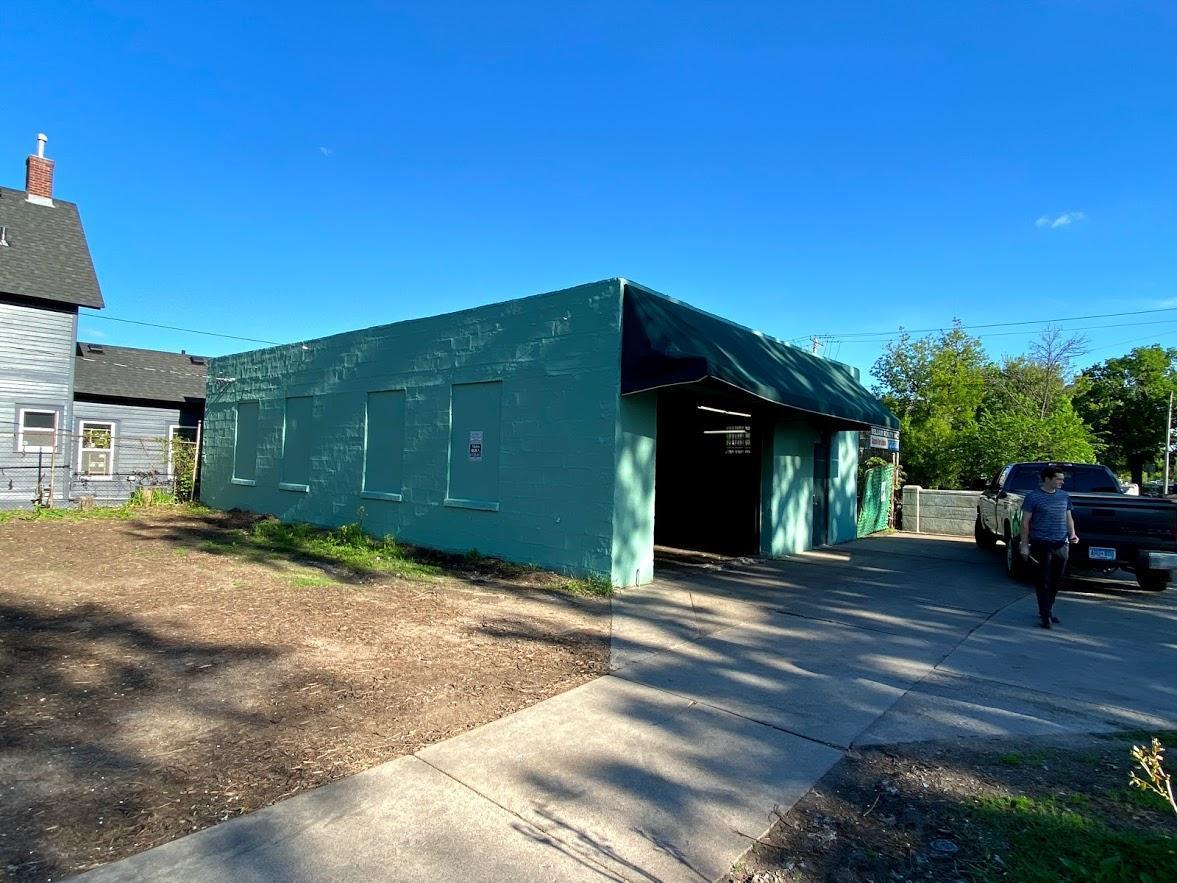 2905 Pillsbury Avenue S Property Photo