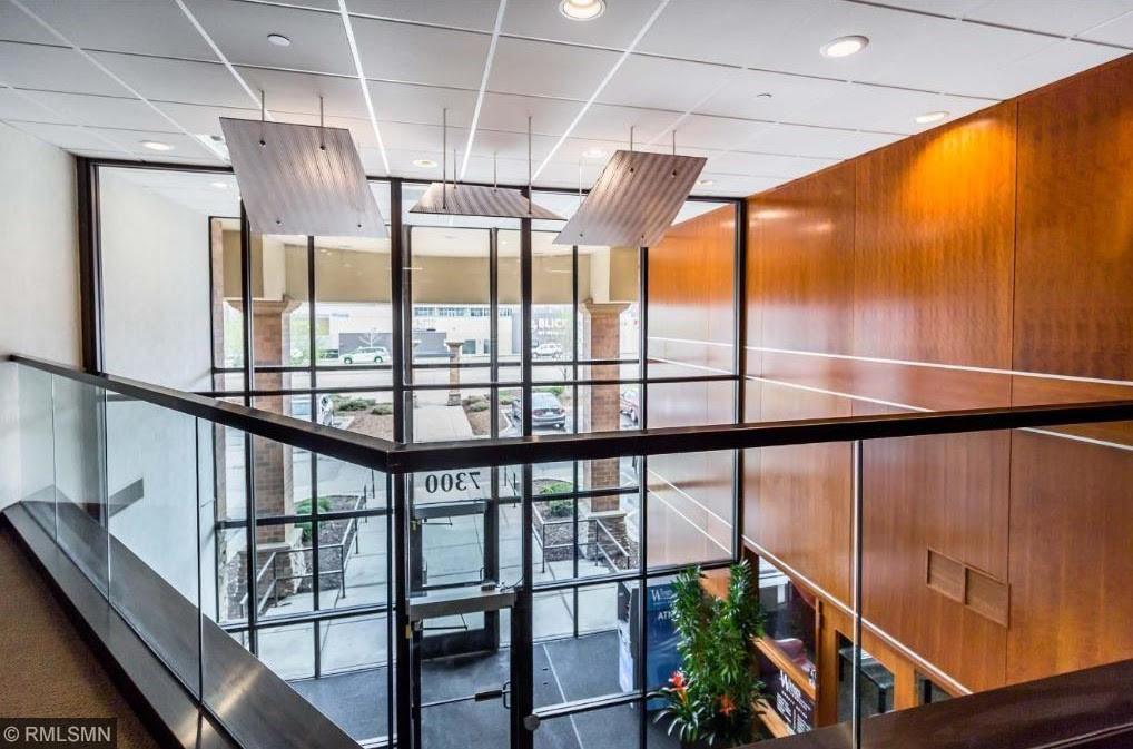 7300 France Avenue S #328 Property Photo - Edina, MN real estate listing
