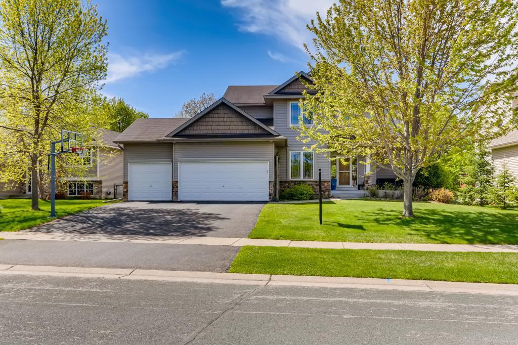 10467 6th Street NE Property Photo - Hanover, MN real estate listing