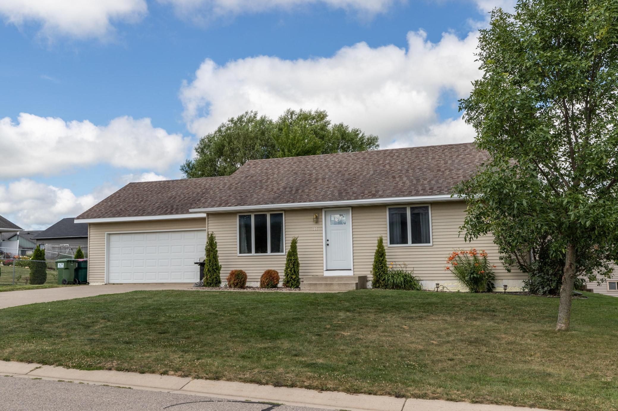 305 S Dover Street Property Photo - Dover, MN real estate listing