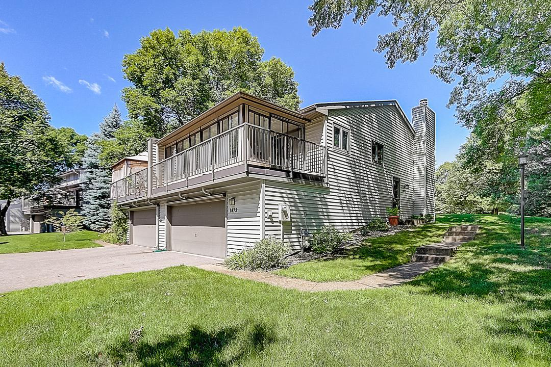 1472 Arden View Drive Property Photo - Arden Hills, MN real estate listing