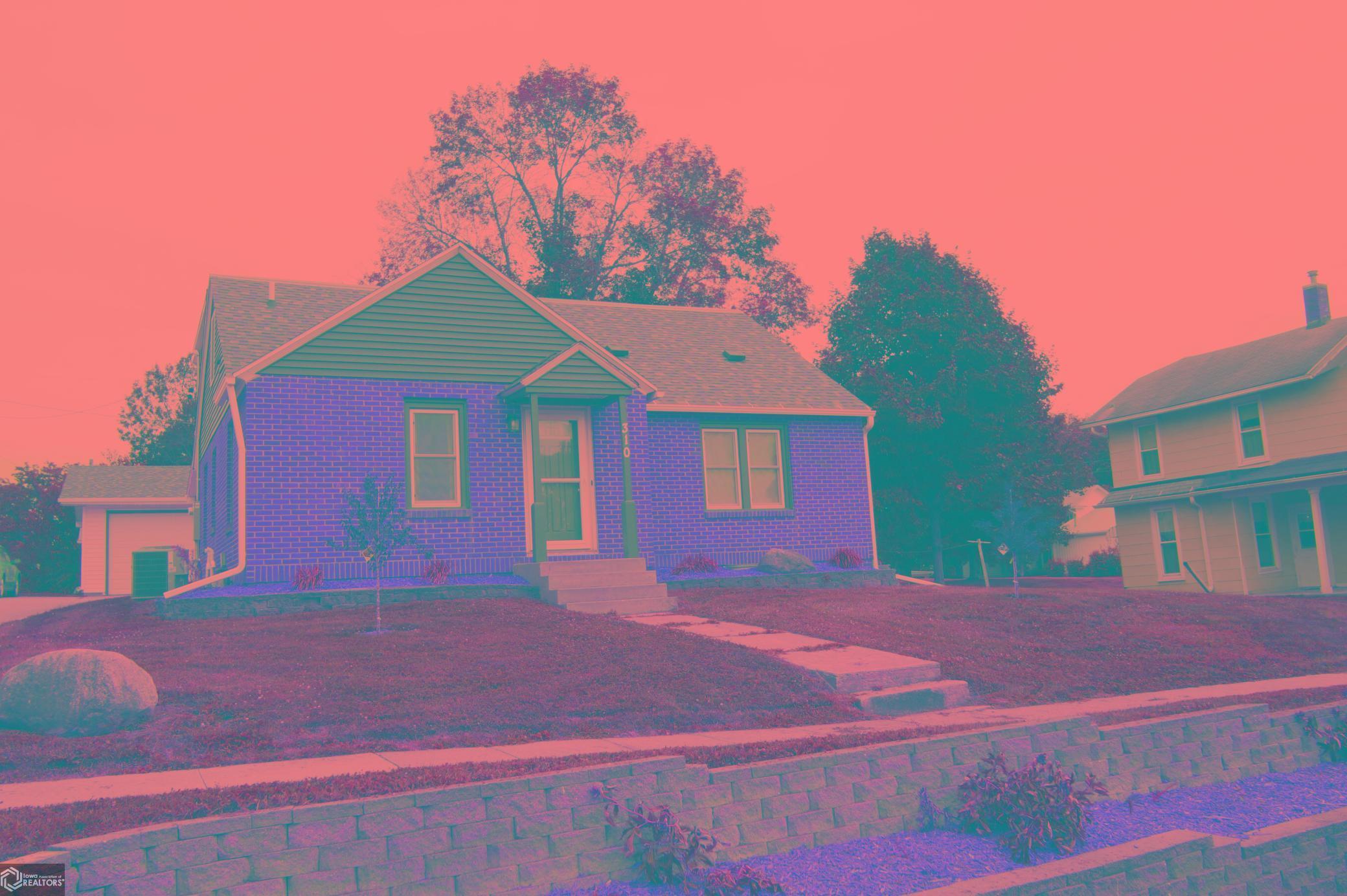 310 Bolton Street Property Photo - Kellogg, IA real estate listing
