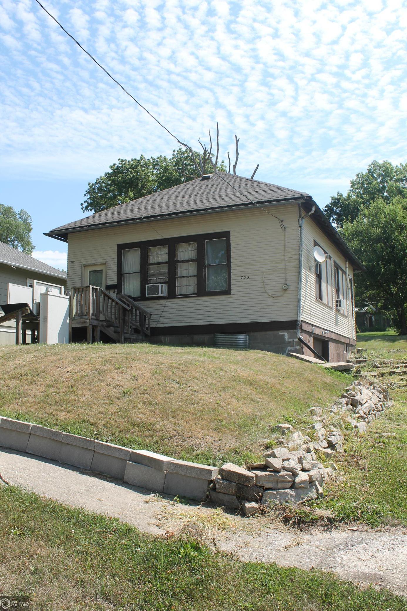 703 Locust Street Property Photo - Anita, IA real estate listing