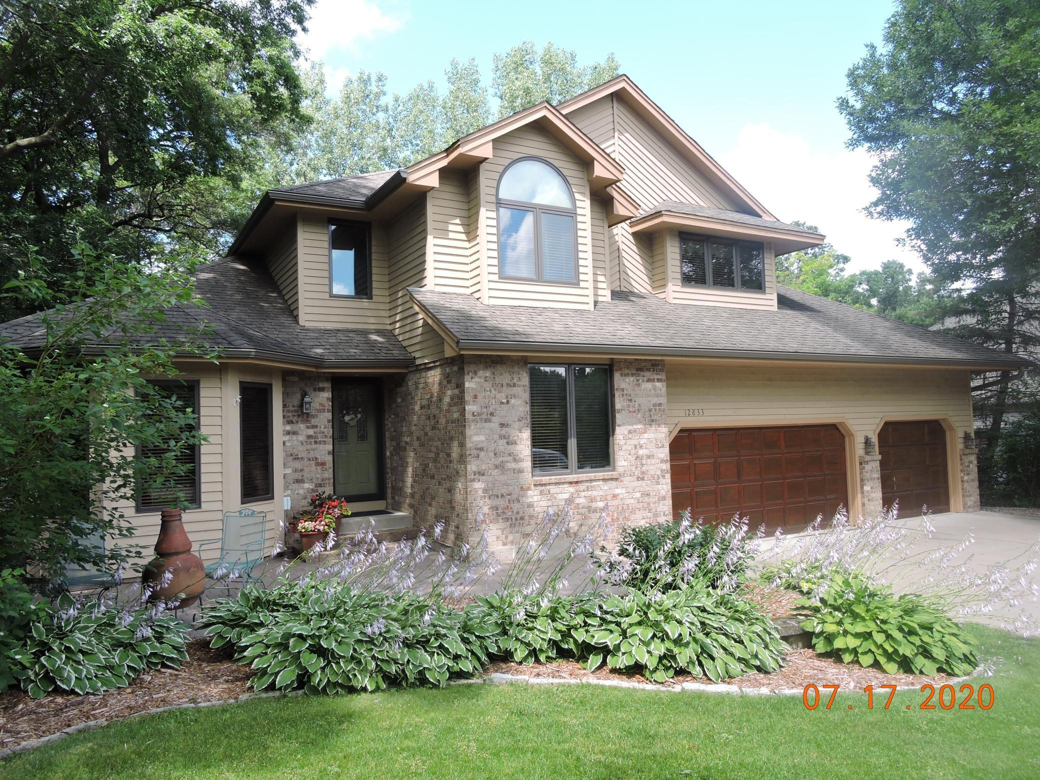 12833 Florida Lane Property Photo - Apple Valley, MN real estate listing