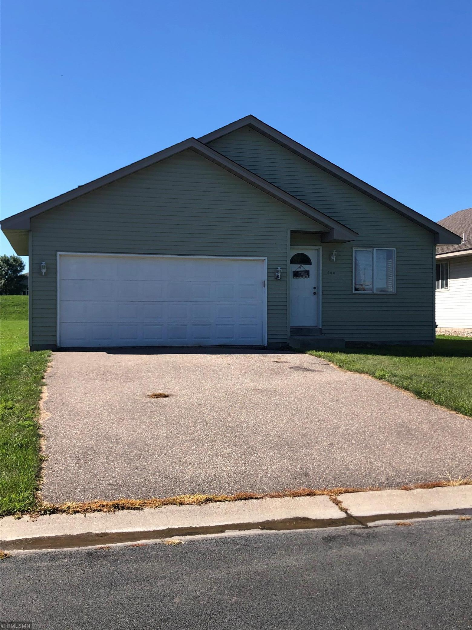 800 Juniper Lane Nw Property Photo
